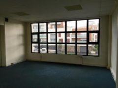 Bureau / Local professionnel 186 m² à EPINAY SUR SEINE  2 500 €