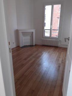 Appartement 35 m² à SAINT OUEN  890 €