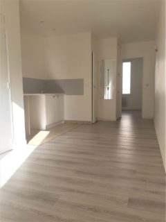 Appartement 28 m² à SAINT OUEN  850 €