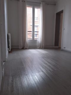 Appartement 31 m² à SAINT OUEN  880 €